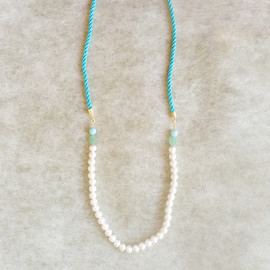 kicca | kokoshi cafe - cotton pearl long necklace(vintage blue)