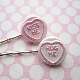 Luulla - Candy Heart Hair Clips - set of 2