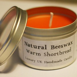 Luulla - Natural Beeswax Candle - Warm Shortbread Scent