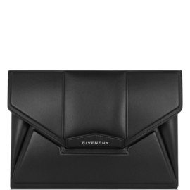 GIVENCHY - Antigona envelope clutch in black leather with embossed detail