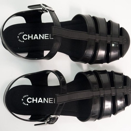 CHANEL - sandals.