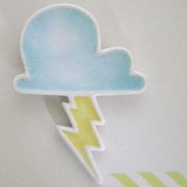 mememe - lightning cloud brooch