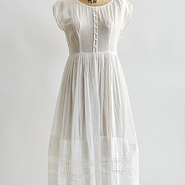 antique 1910s reconstructed edwardian dress