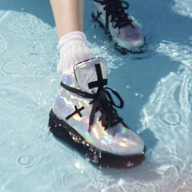UNIF - CROSS TRAINER SHOES RAINBOW SILVER