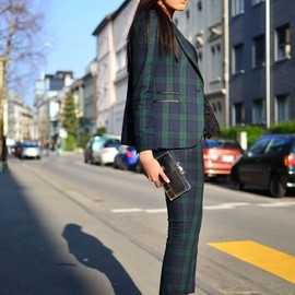 Checkered / style