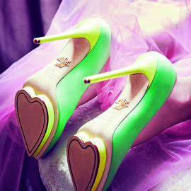 "Charlotte Olympia - la collection ""Be My Valentine"""