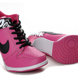 Women Style Nike Shoes: Dunk Sb Low Heels with Black Pink Colors Release Online