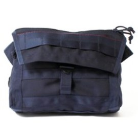 BRIEFING×BEAMS PLUS - AIR FORCE BLUE LINE FLEET MESSENGER BAG