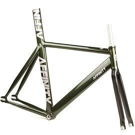 AFFINITY CYCLES - kissena track frame (mcqueen green)