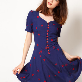 Nishe - Heart Embroidered Sweetheart Tea Dress