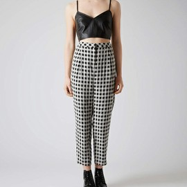 TOPSHOP - TOPSHOP CLOTHING(トップショップ クロージング)のCRINKLE GINGHAM PEG TROUSERS/クリンクル ギンガムペグトラウザーズ(パンツ)|詳細画像