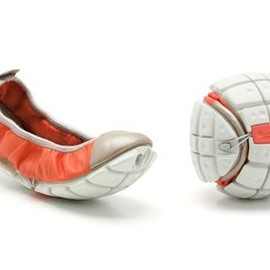 Clarks - illusive Form  Coral Leather