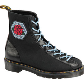 Dr.Martens - ORIGINALS AGGY LTT BOOT LACE LOW BOOT