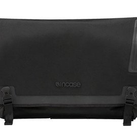 "incase - Skate Messenger Bag for 17"" MacBook Pro"