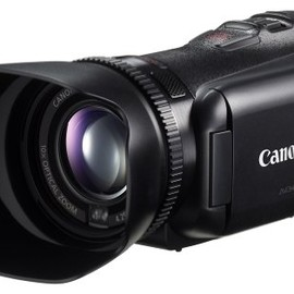 Canon - iVIS HF G10