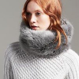 Banana Republic - Faux-Fur Neck Warmer