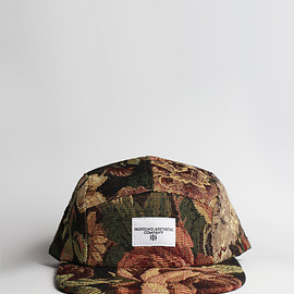 Profound Aesthetic - THE CENTURION DARK FLORAL TAPESTRY FIVE PANEL HAT