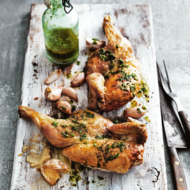 donna hay - roasted garlic and rocket chicken