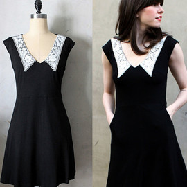 Fleet Collection - AN EDUCATION - White lace collar vintage inspired little black dress with pockets