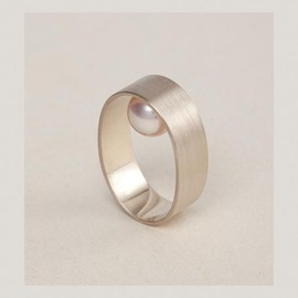 Lia Di Gregorio - TOUCH ring