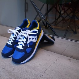 white mountaineering - White Mountaineering × SAUCONY Running shoes Blue