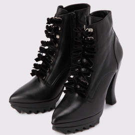G.V.G.V. - CAT FOOT LACE UP BOOTS