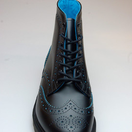 "Dr.Martens - ANTHONY BROGUE BOOT ""Black/Blue"""