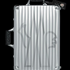 RIMOWA - Classic Flight Moncler Edition