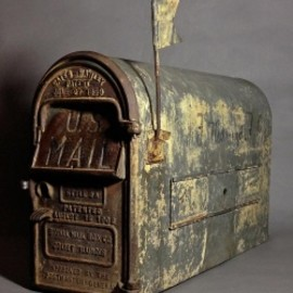 "1910-30's ""Shabby"" Stenciled U.S. MAIL BOX"