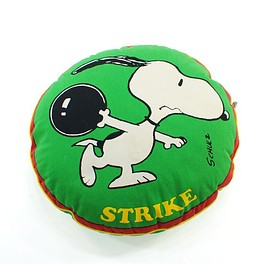 "SNOOPY - ""STRIKE"" Snoopy Cushion 70's"