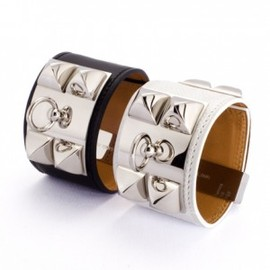 HERMES - STUDS LEATHER BRACELET