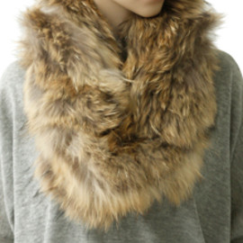 STUNNING LURE - Fur Snood