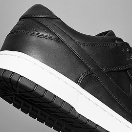 NikeLab - Dunk Lux Low - Black/Black/White
