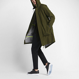 NikeLab - Essentials StromFit Parka - Green/Black/Black