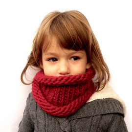 Magiedimemi - Cherry Red Girls Cowl