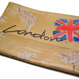 TALKING ABOUT THE ABSTRACTION(MATATABI) - Hitchhike Paper Clutch Bag