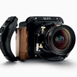 phase one A-series - compact mirrorless camera system shoots up to 80-megapixels