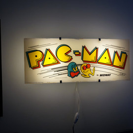 ArcadeLights - Vintage Pac-Man Arcade Marquee Wall Light