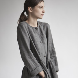 muku - Dresses with pleats and buttons