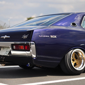 NISSAN - Laurel SGX