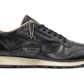 Reebok - REEBOK CLASSIC LEATHER LUX HORWEEN BLACK/PAPER WHITE/GOLD