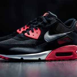 Nike - NIKE AIR MAX 90 ESSENTIAL BLACK/WOLF GREY-ATOMIC RED-ANTHRACITE