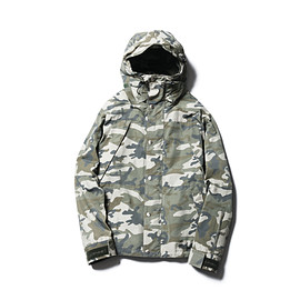 SOPHNET. - CAMOUFLAGE MOUNTAIN PARKA