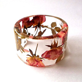 SpottedDogAsheville - Pink and Yellow Roses Botanical Resin Bangle
