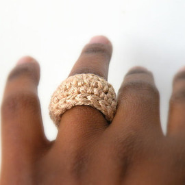 dualchocolate - In Gold Simple Wedding Band. Crochet Jewelry.  Golden Metallic Crochet