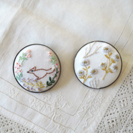 Kanae Entani - English Garden brooch