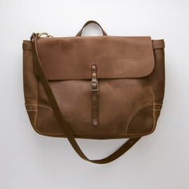 Stanley & Sons - LEATHER POSTAL MESSENGER