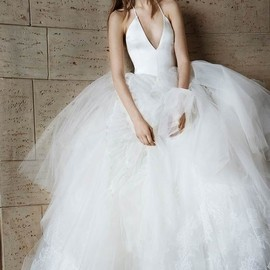 VERA WANG - Vera Wang Spring 2015 Bridal Collection | seriously dark and edgy
