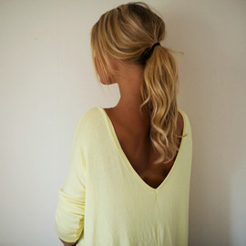 hairstyle - ponytail