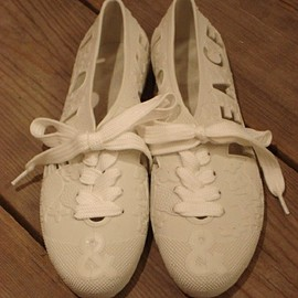 F-TROUPE - F-TROUPE(エフトゥループ)のF-TROUPE / LOVE&PEACE BATHING SHOES(スニーカー) ホワイト